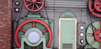 דלתות פנים ומטבחים